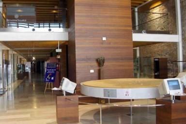 2. Visita Castillo y Museo Provincial.